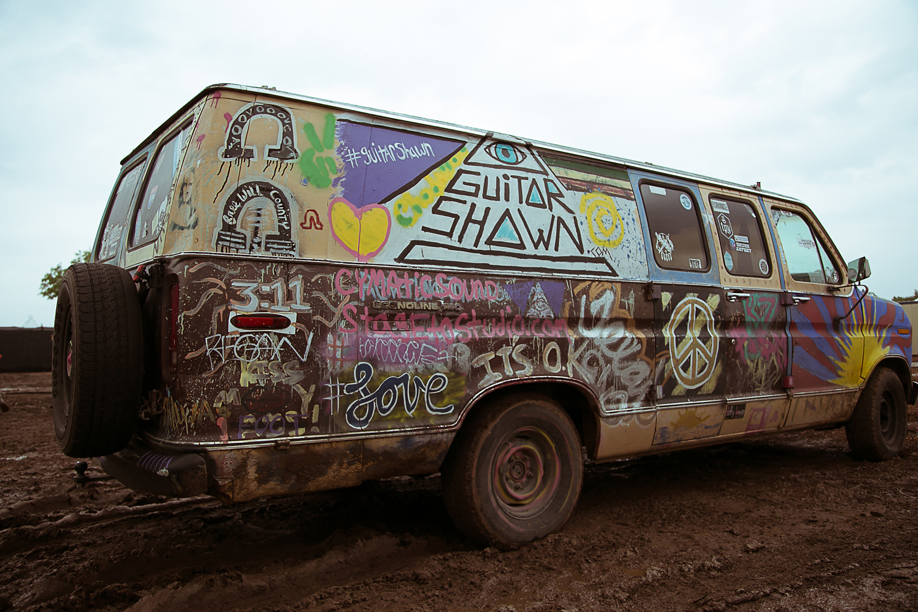hippie van spray painted graffiti the guitar show